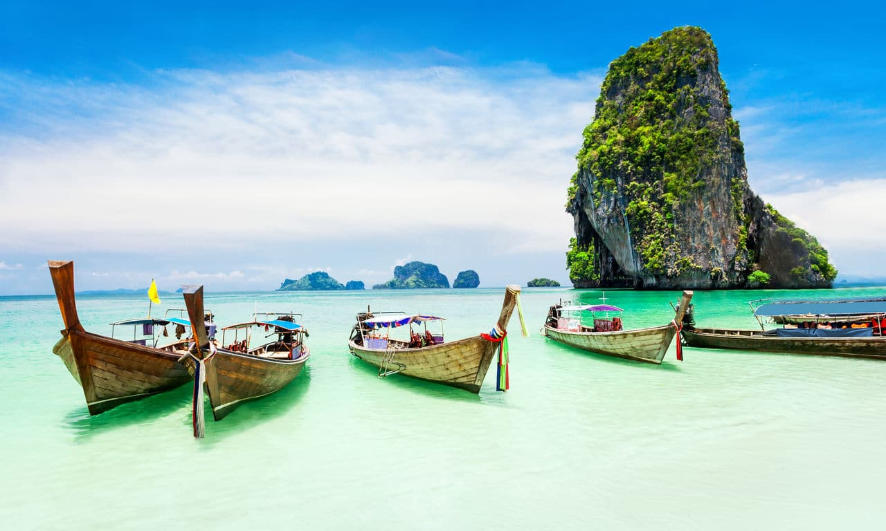 00128 thailand urlaub phuket limestone felsen