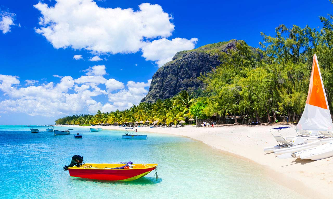 Afrika Mauritius Traumstrand Urlaub Palmen Paradies Sandstrand Wassersport