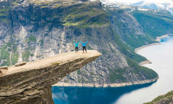 Skandinavien Norwegen Trolltunga Sorfjord Ausflug Urlaub Hotel