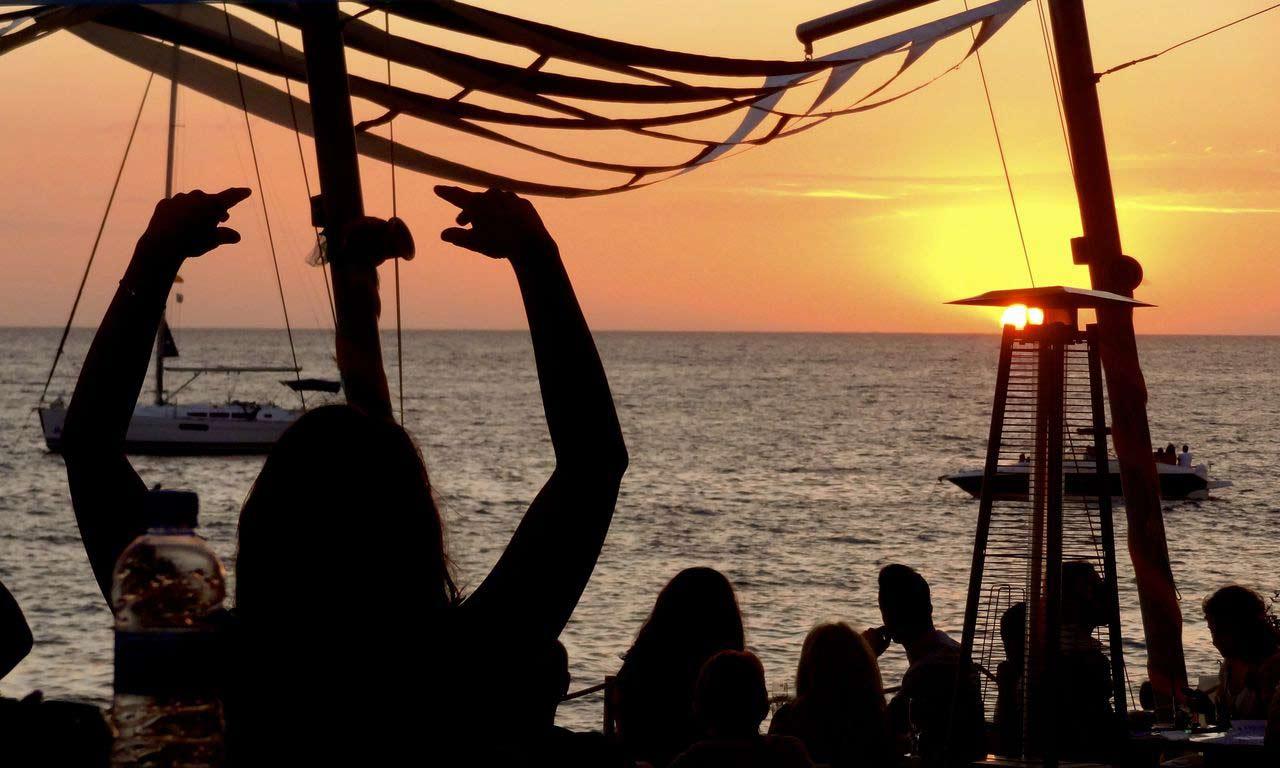 00399 ibiza urlaub spanien ballearen party sonnenuntergang sommer mittelmeer baden sonne strand