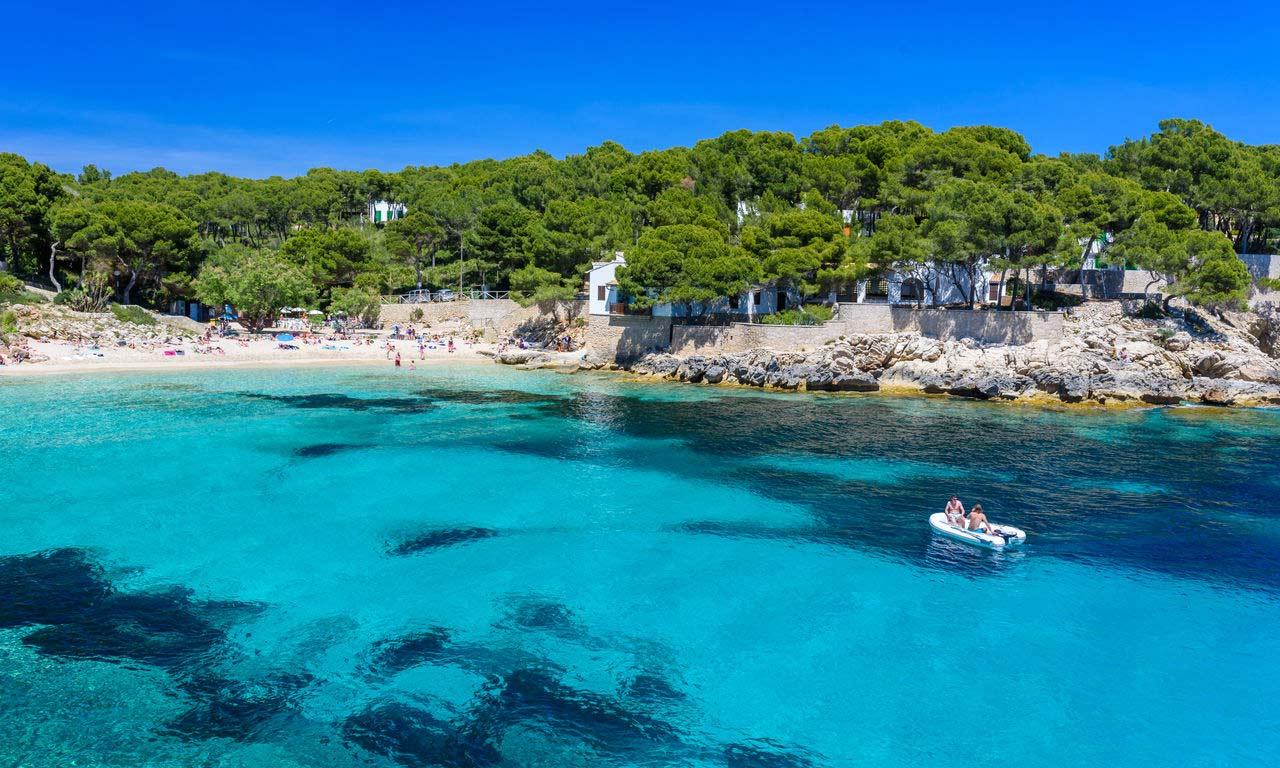 01281 hotels in cala ratjada mallorca spanien urlaub mittelmeer balearen insel sommer strandurlaub erholung bootsausflug bucht